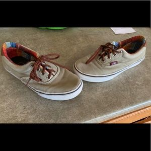 Youth vans size 4.5